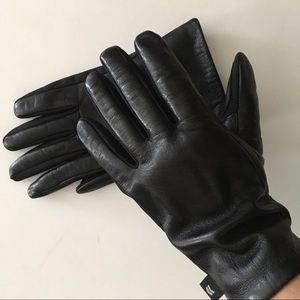Isotoner black genuine leather gloves women's